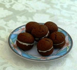 choc cream biscuits