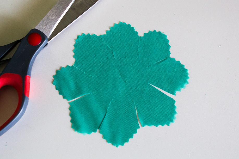 DIY Pom Pom Hair Clip 2 Ways