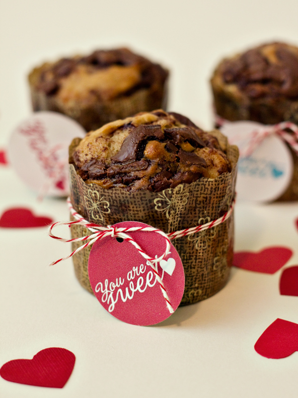 Nutella Banana Muffin Recipes with Printable Valentine's Day Tags