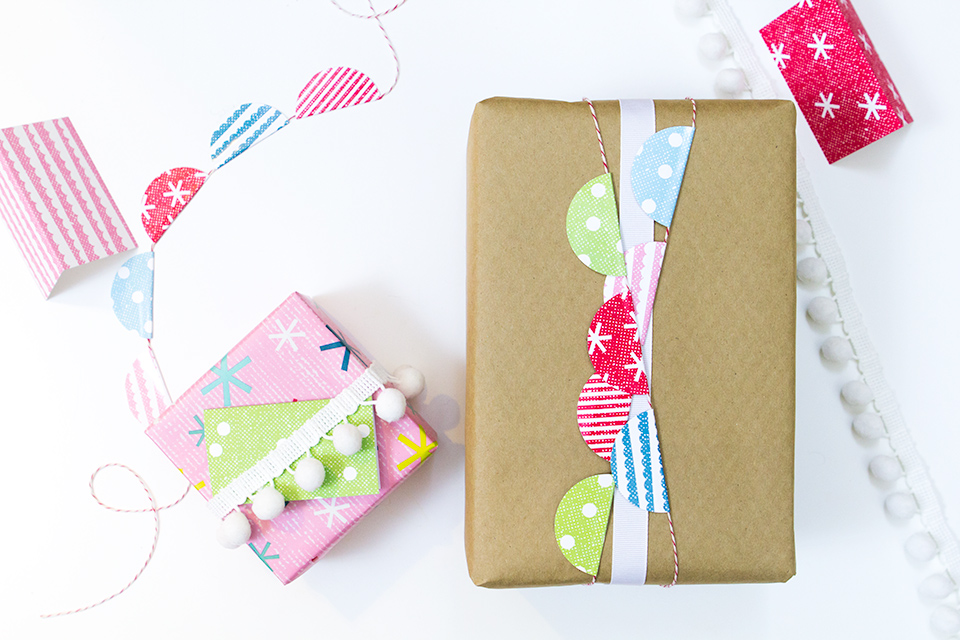 Use Avery 2-inch labels to create this adorable bunting and dress up your holiday gifts.