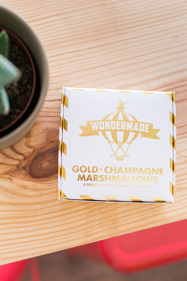 Wondered makes delicious handmade marshmallows with boozy flavors like champagne, gin, and bourbon! Click through for more details about this shop.
