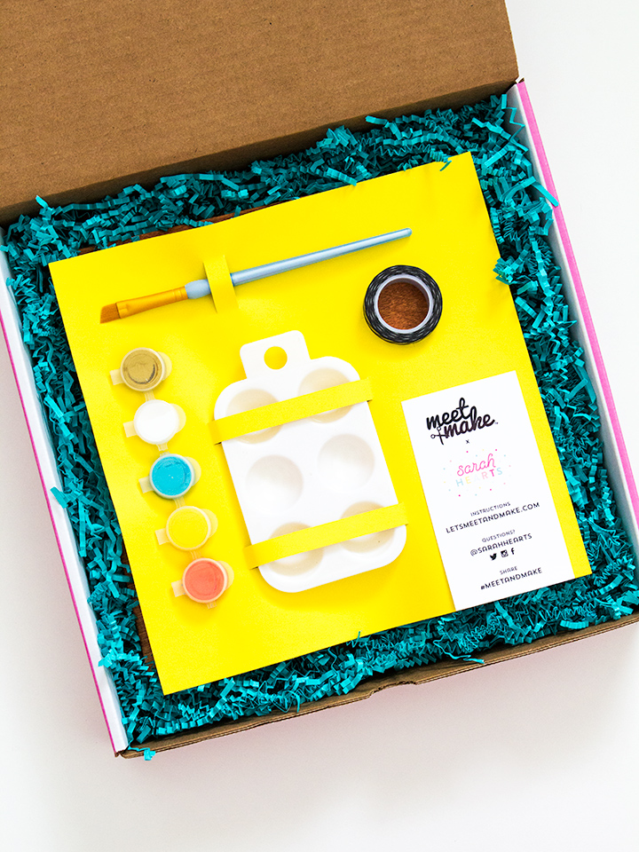 Everything you need to make a modern wall art piece is including in the Meet and Make box! Click through to learn more about these DIY kits.