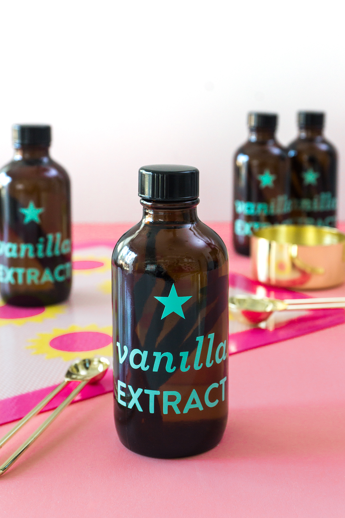 You can make your own vanilla extract in just 5 minutes! Make a batch to keep on hand for holiday, teacher and hostess gifts.