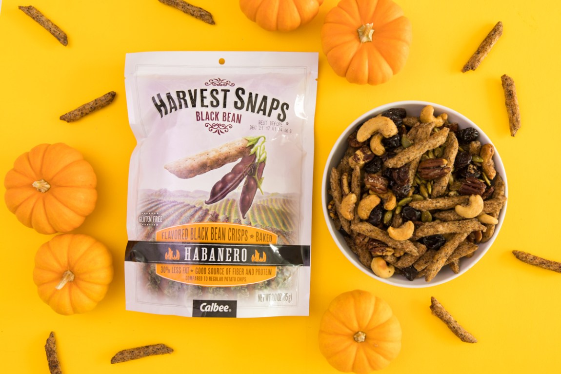 Habanero @harvestsnaps make a great addition to a sweet and savory fall snack mix.
