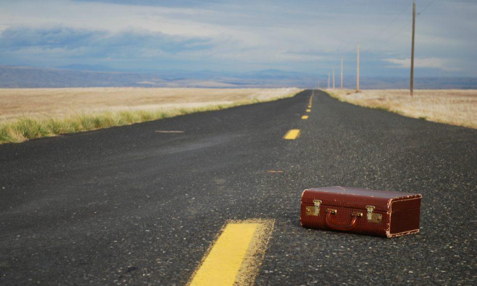 cropped-Suitcase.jpg