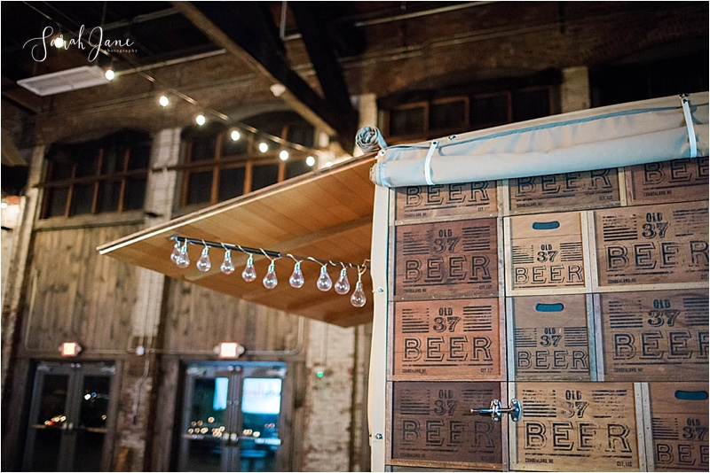 The Old '37 at Bloom at Thompson's Point - a Kids First Center Fundraiser | Sarah Jane Photography