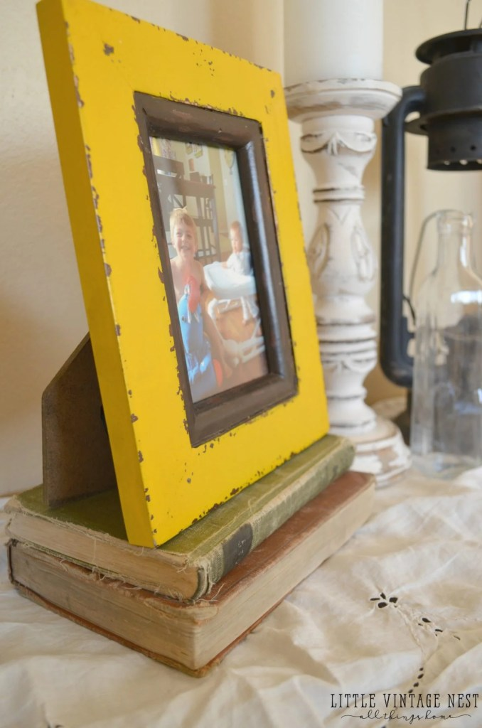 5 Ways to Decorate with Old Books