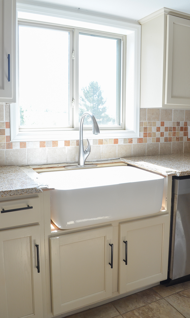 installing the farmhouse sink