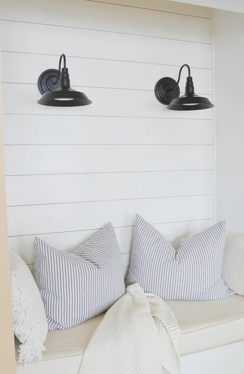 20 Affordable Farmhouse Style Barn Lights