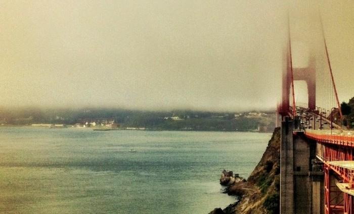 06_San Francisco Golden Gate Bridge in Fog
