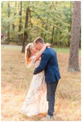Light and Airy Engagement Photos in Chattanooga_0434