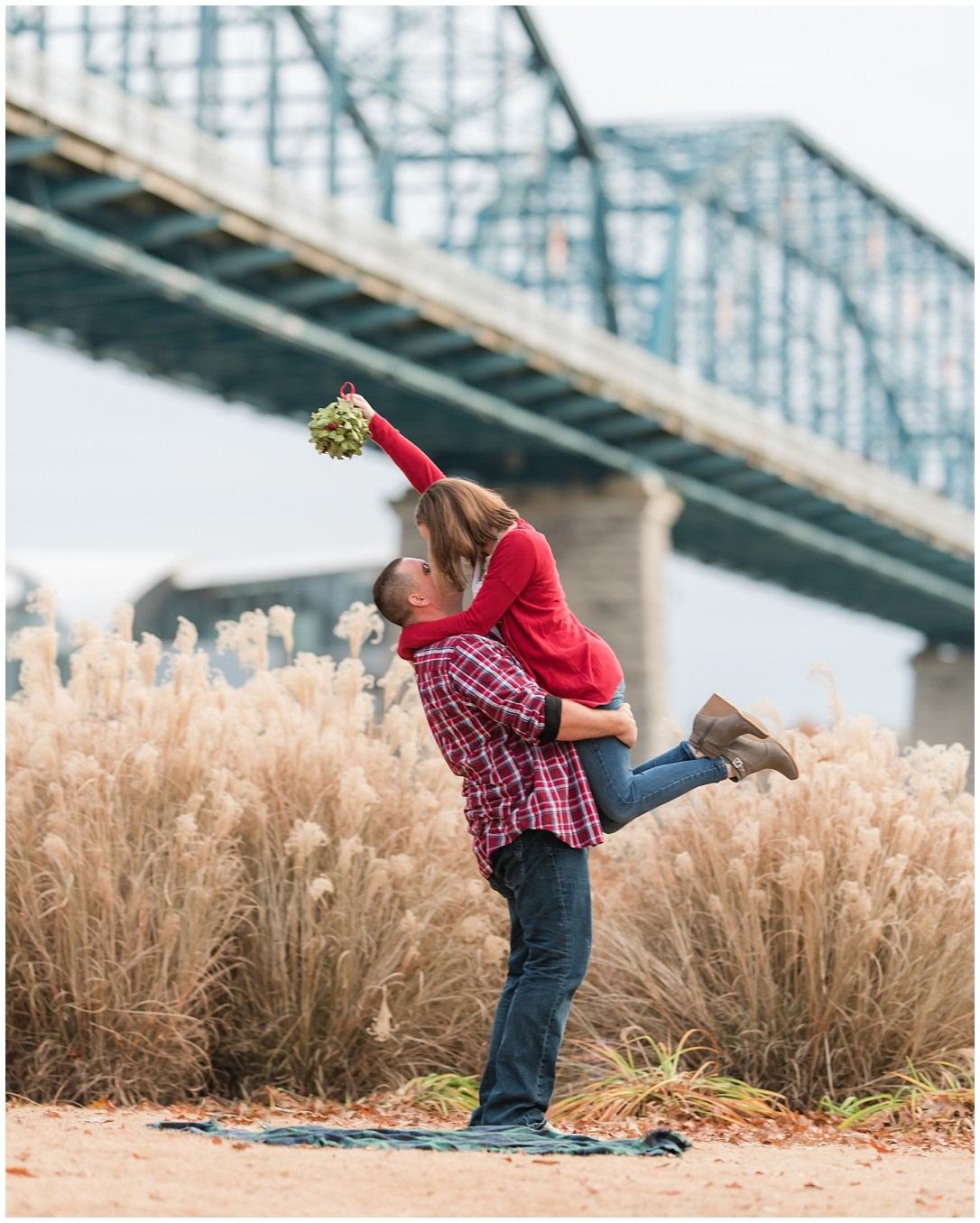 Mistletoe in engagement photos