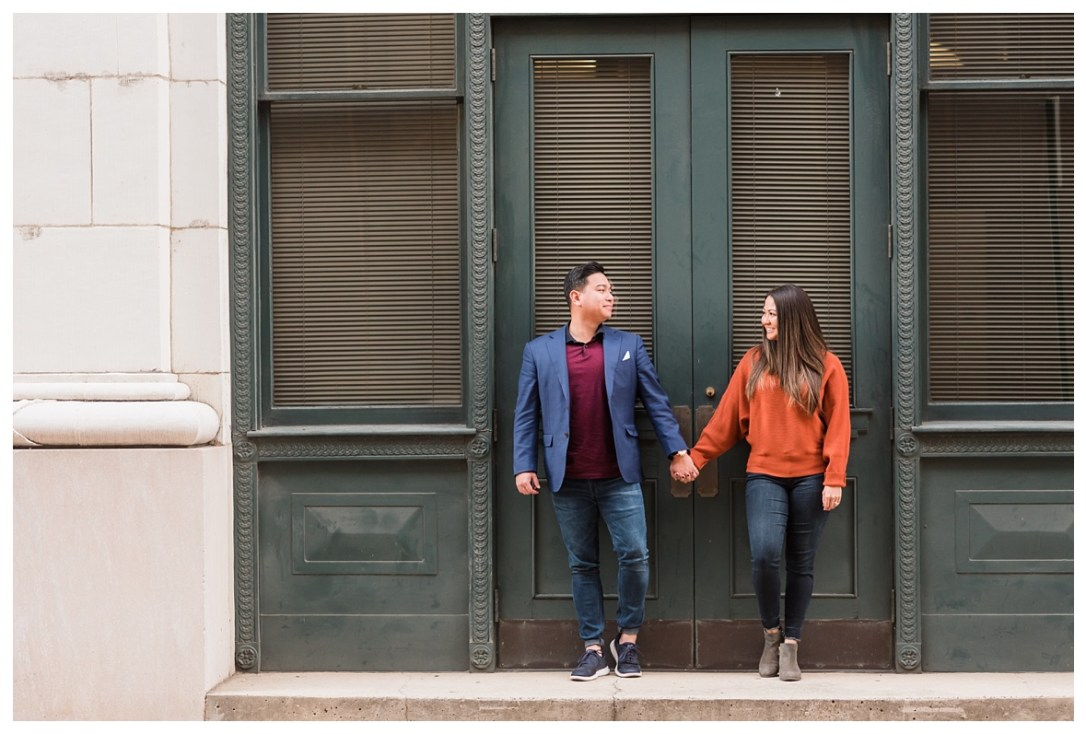 engagement photos in city