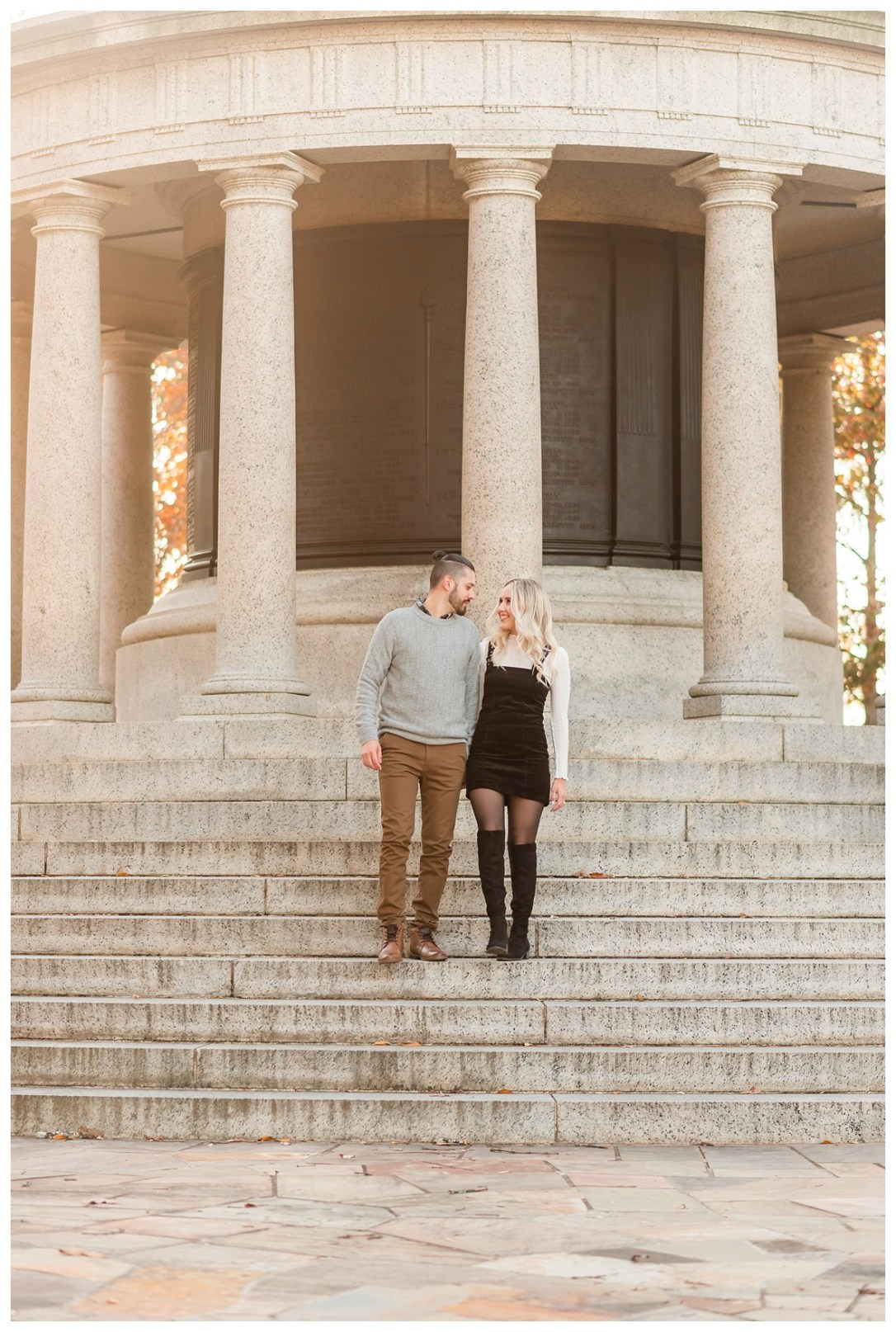 engagement photos at point park in chattanooga
