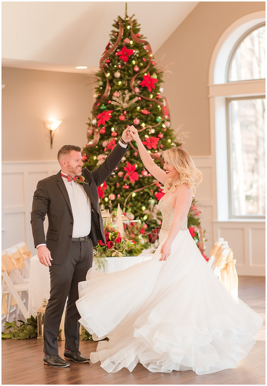 Christmas theme wedding reception ideas