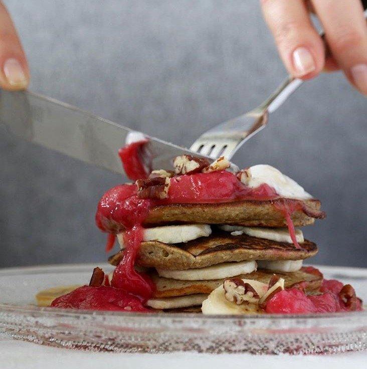 3 Ingredient Fluffy Pancakes
