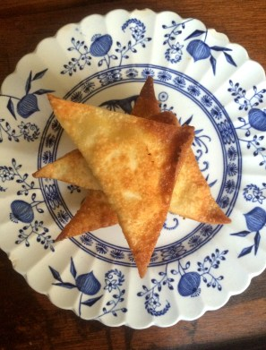 Jalapeno  Popper Wontons or a Spicy Cheesy 'Samosa'