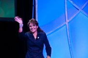 Sarah waving at crowd in Vegas