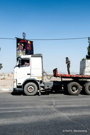 Iran - LKW und Fahrer, Foto: Rolf G. Wackenberg
