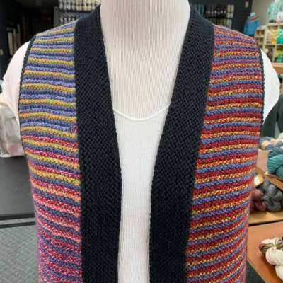 knitted stripped vest
