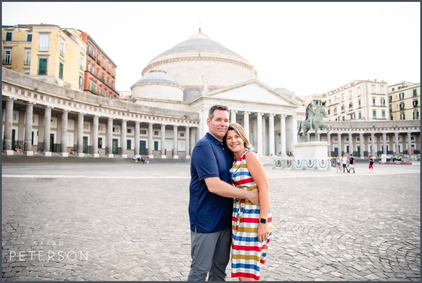 couple at piazza Naples Italy