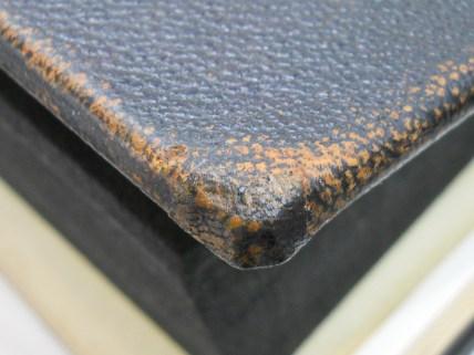 Cast composite corner fill