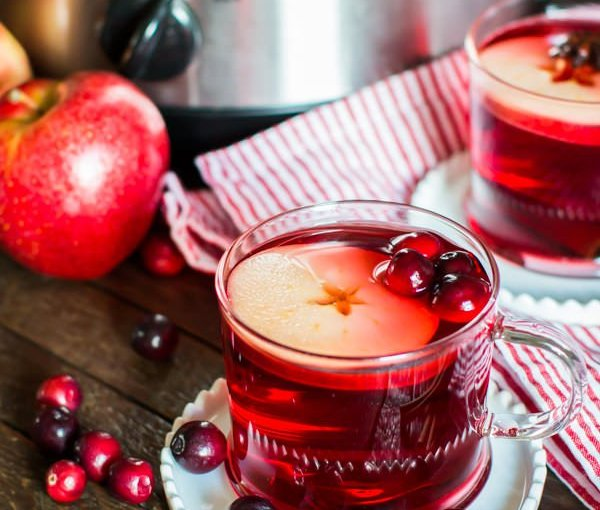 Slow Cooker Cranberry Apple Cider – The Magical Slow Cooker