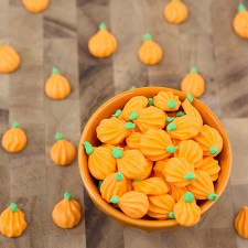 Royal Icing Pumpkins {Video Tutorial}