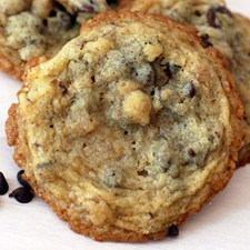 Crisp Chocolate Chip Cookies