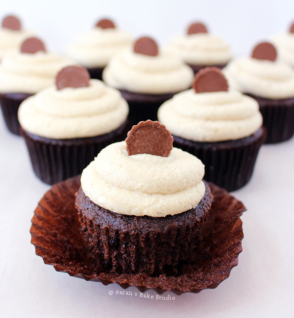 Reese's Peanut Butter Cup Cupcakes