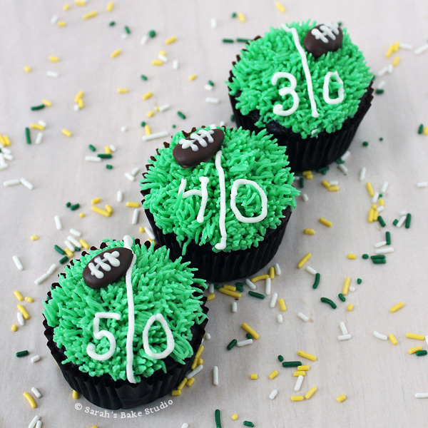 Game Day Football Cupcakes