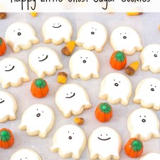 Happy Little Ghost Sugar Cookies {Video Tutorial}