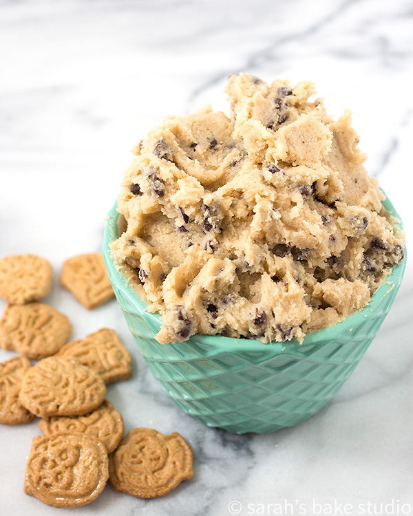 Chocolate Chip Cookie Dough Dip – your favorite edible cookie dough (minus the eggs) made into a delicious dip; perfect for dipping graham crackers, animal cookies, and apples in! Yum!