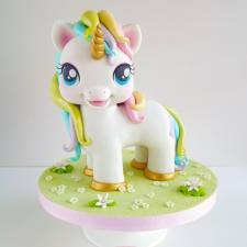 Twinkles the Unicorn from I Love Cakes by Sheila