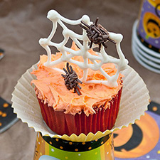 Spider Web Pumpkin Cupcakes from Cake Whiz