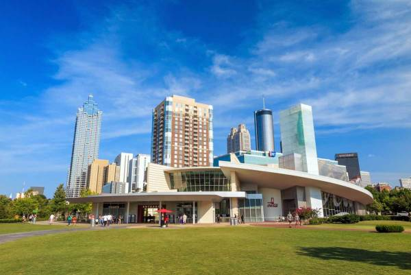 5 Best Things To Do In Atlanta - planning your visit to the ATL just got easier with this list of BEST things to do.