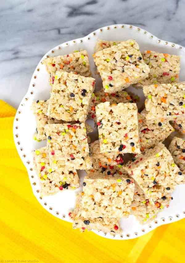 Fall Harvest Rice Krispies Treats - your favorite easy-peasy Rice Krispies cereal treats with fall sprinkle pizazz.