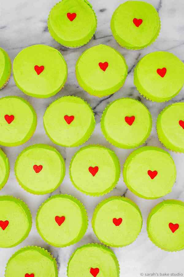 Grinch Cupcakes - spread holiday cheer with these festive grinchy green cupcakes in honor of The Grinch.