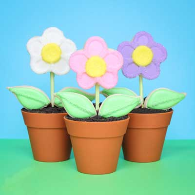 Flower Pot Cupcakes with Cookie Pop Flowers from Make Bake Celebrate