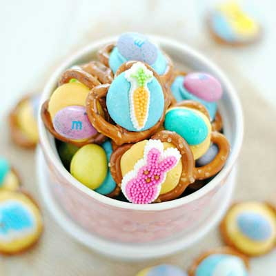 Easter Pretzel Bites from Something Swanky