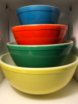 Primary Colors Mixing Bowls (1940s-1950s)