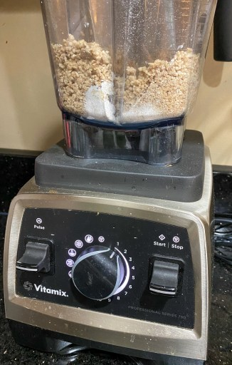 Coarse crumb mixture in a blender