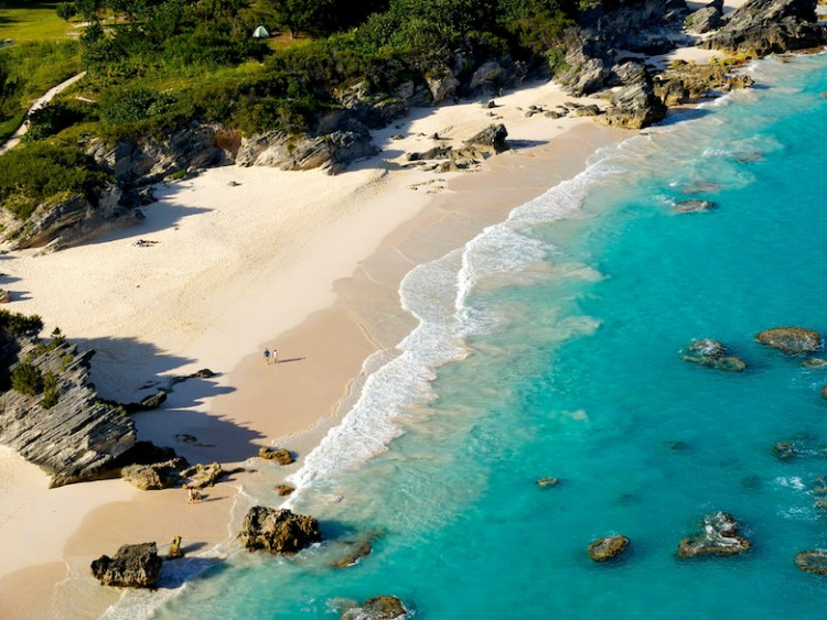 Stonehole Bay Beach (credit Bermuda Tourism Authority) copy 2