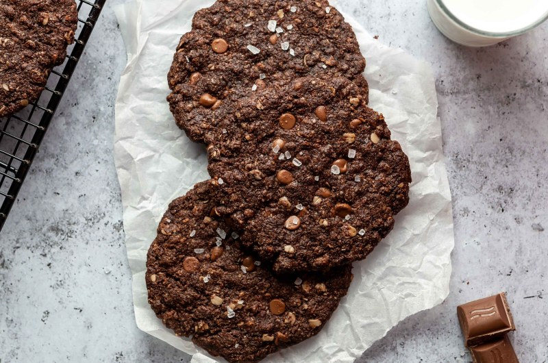Double chocolate oat biscuits