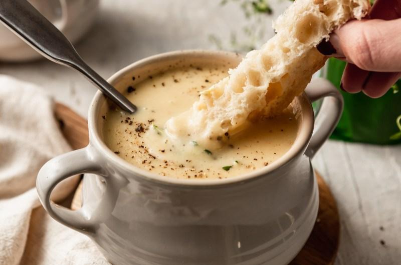 Dairy Free, Creamy, Cheesy, Cauliflower Soup
