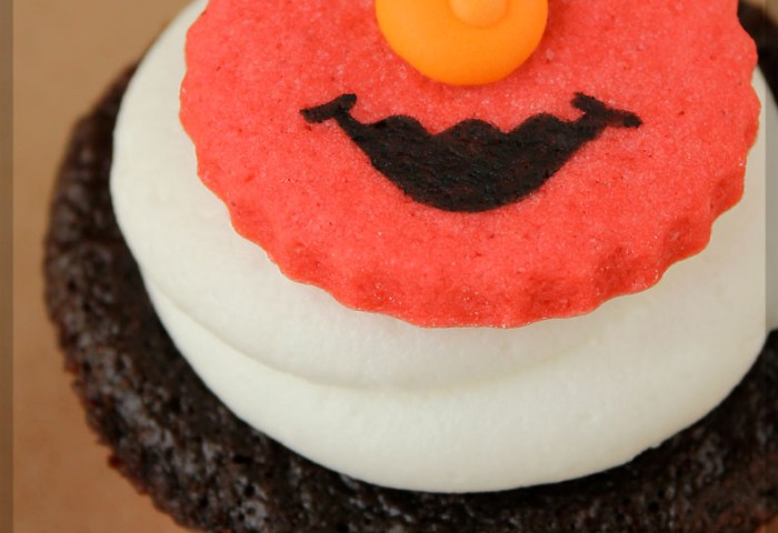 Elmo Smash Cake Cupcakes Sarahs Sweets Treats