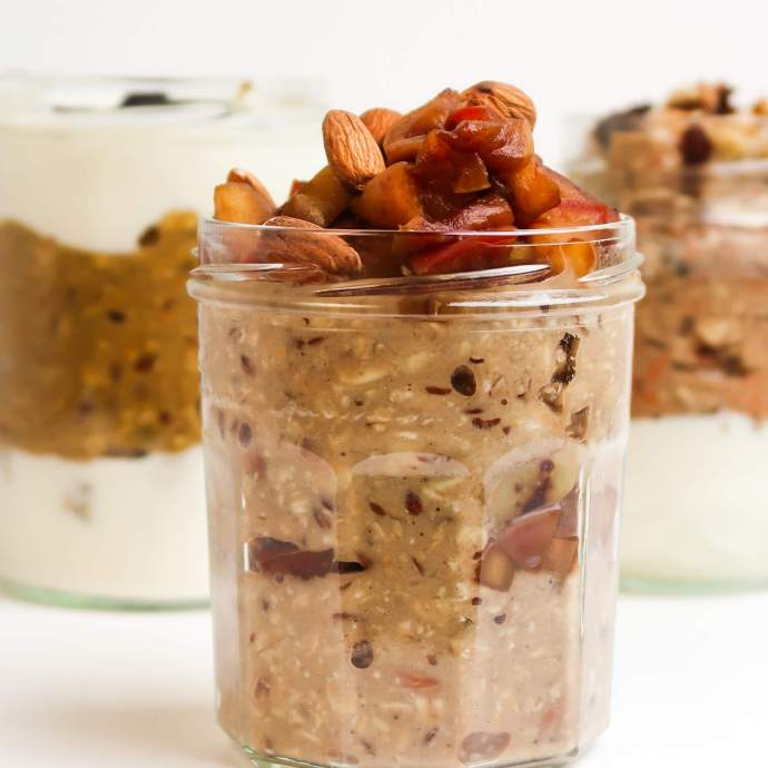 3 Simple Overnight Oat Recipes For Fall (Vegan)