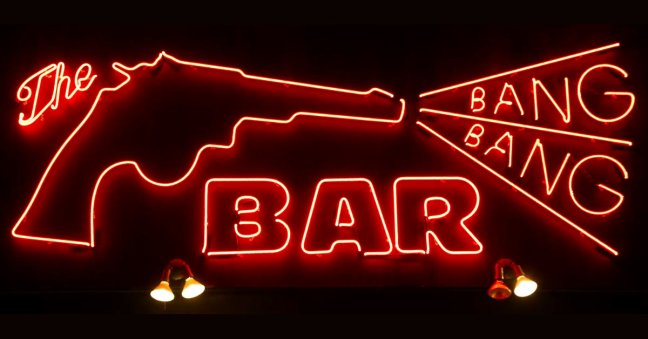 bang-bang-bar-neon-sign