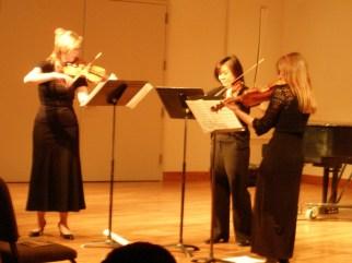 "Rosé Trio (Sarah Wallin Huff, Irene Shiao, Danielle Cummins), debuts ""Counterpoint Invariable"""