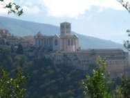 approaching Assisi by car
